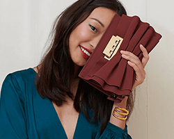 Get up to 3.5% Cash Back on Handbags & Wallets at Amazon.