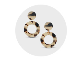Get up to 1.0% Cash Back on Jewelry & Accessories at Walmart.